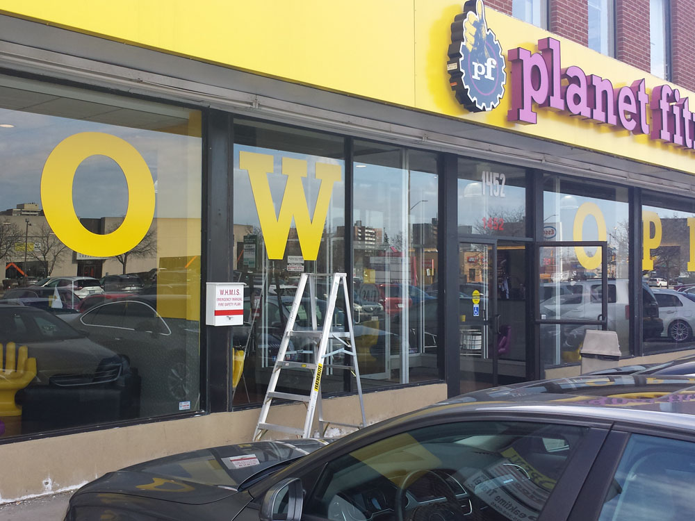 retail-store-front-decals