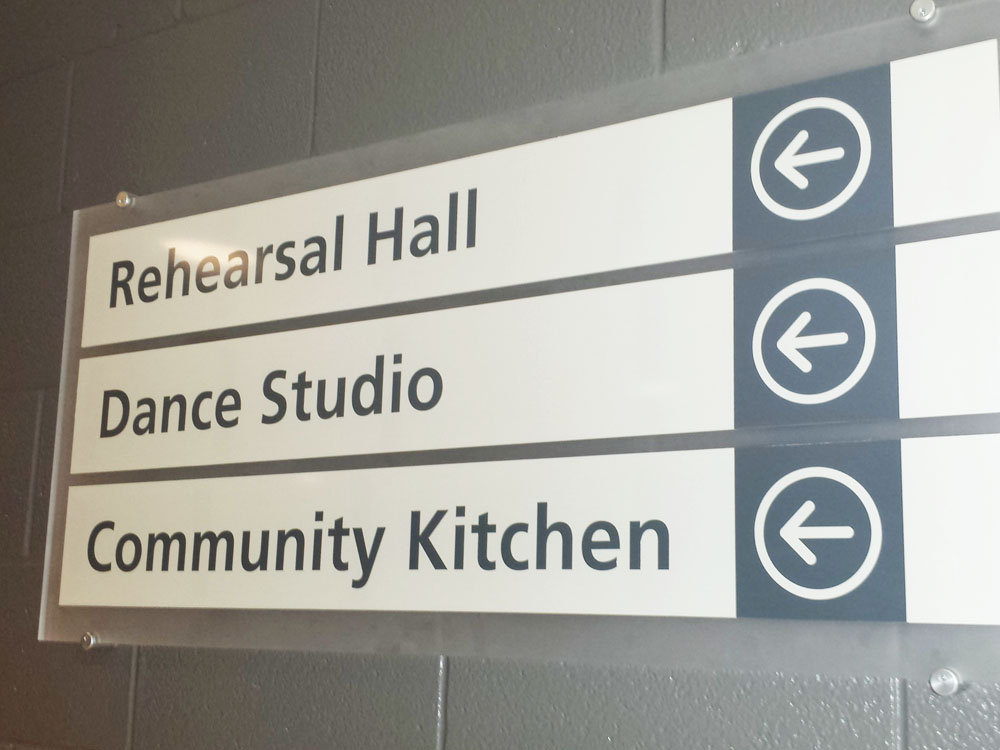 wayfinding-directional-signs-st-catharines